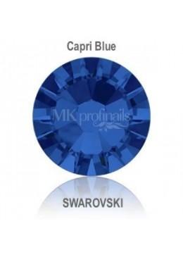 Crystal Swarovski Capri Blue SS10