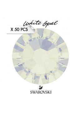 Crystal Swarovski White Opal SS7
