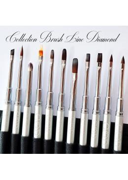 Brush Line Diamond Oval N°4